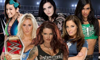 Top 10 Greatest Female WWE Wrestlers Of All Time