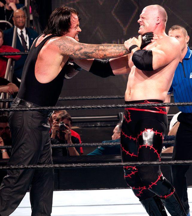 grand moment of The Undertaker vs Kane