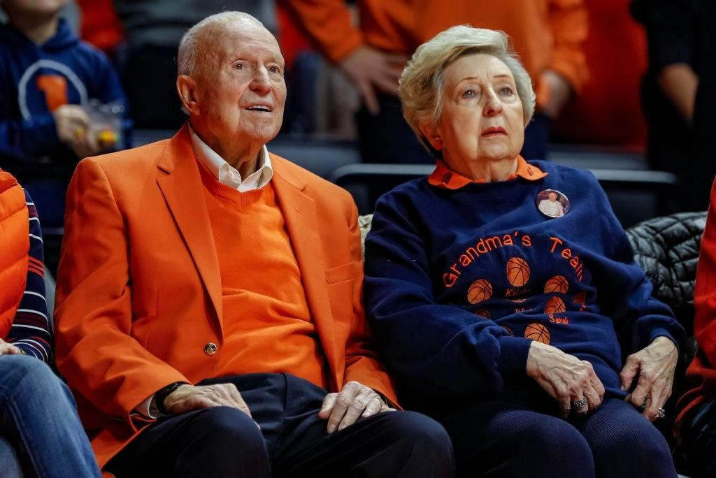 Illini legend Lou Henson dies at 88