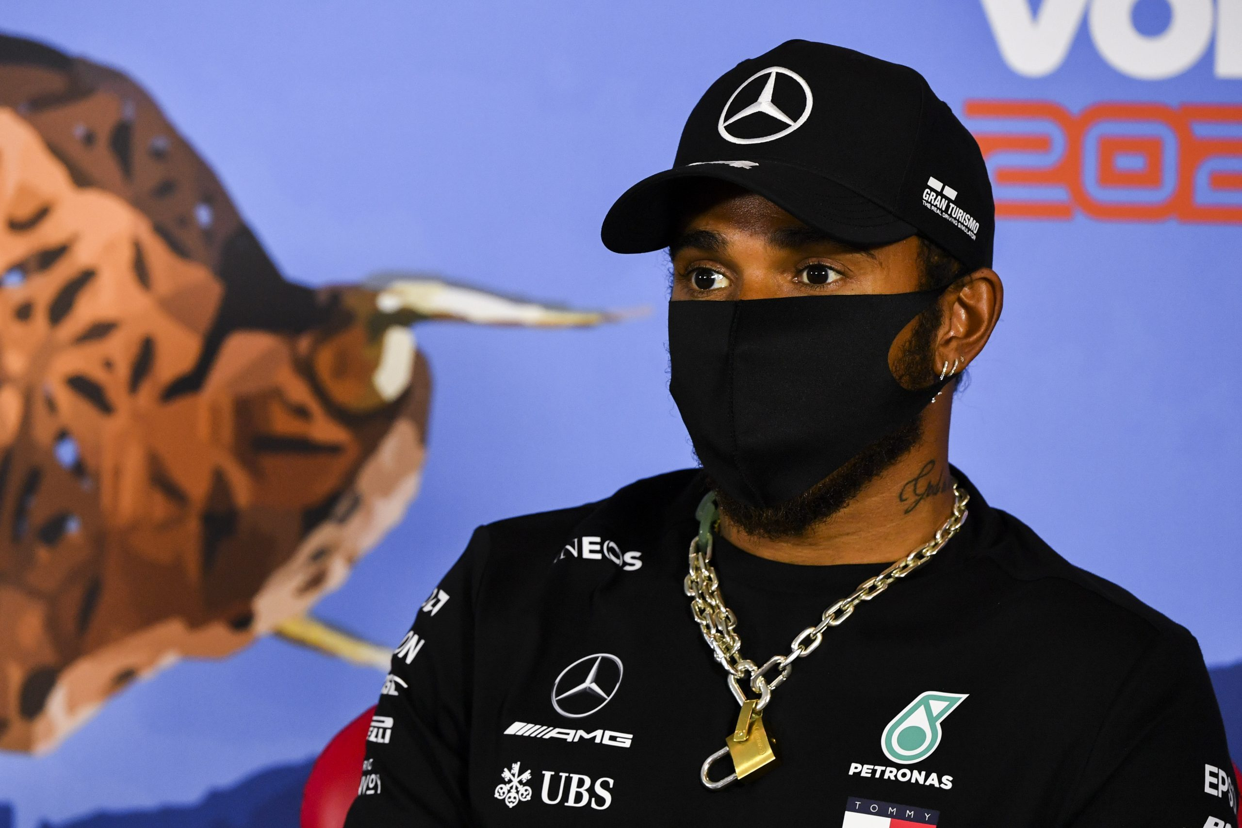 Lewis Hamilton forced to change his stand