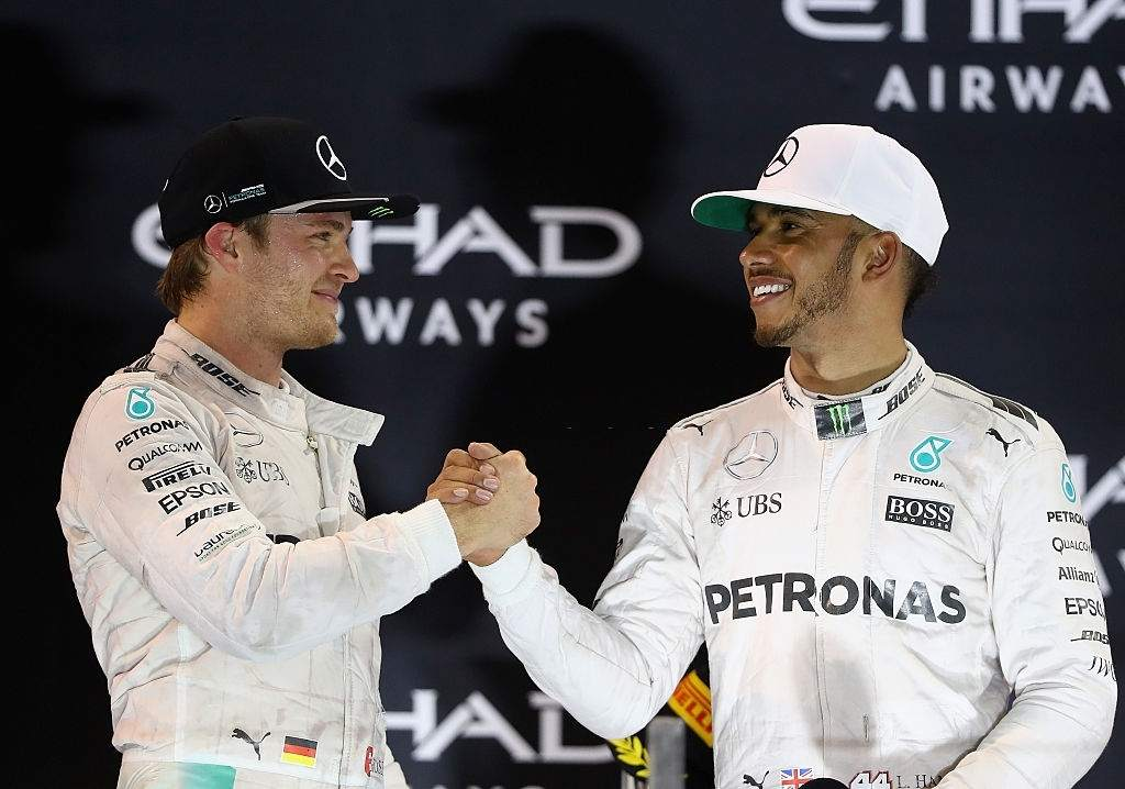 Lewis Hamilton signed contract with Mercedes was signed in 2013