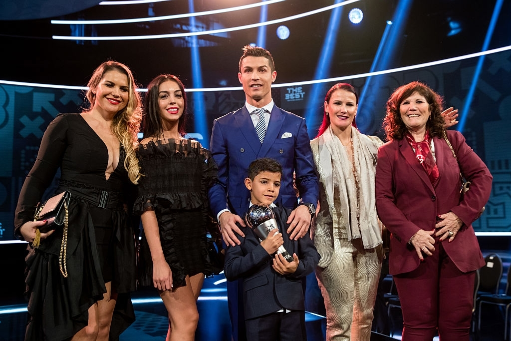 Ronaldo family photo