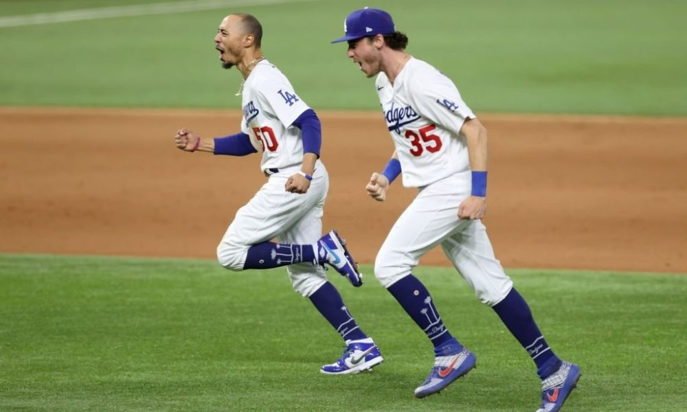 Dodgers win World Series after 32 years