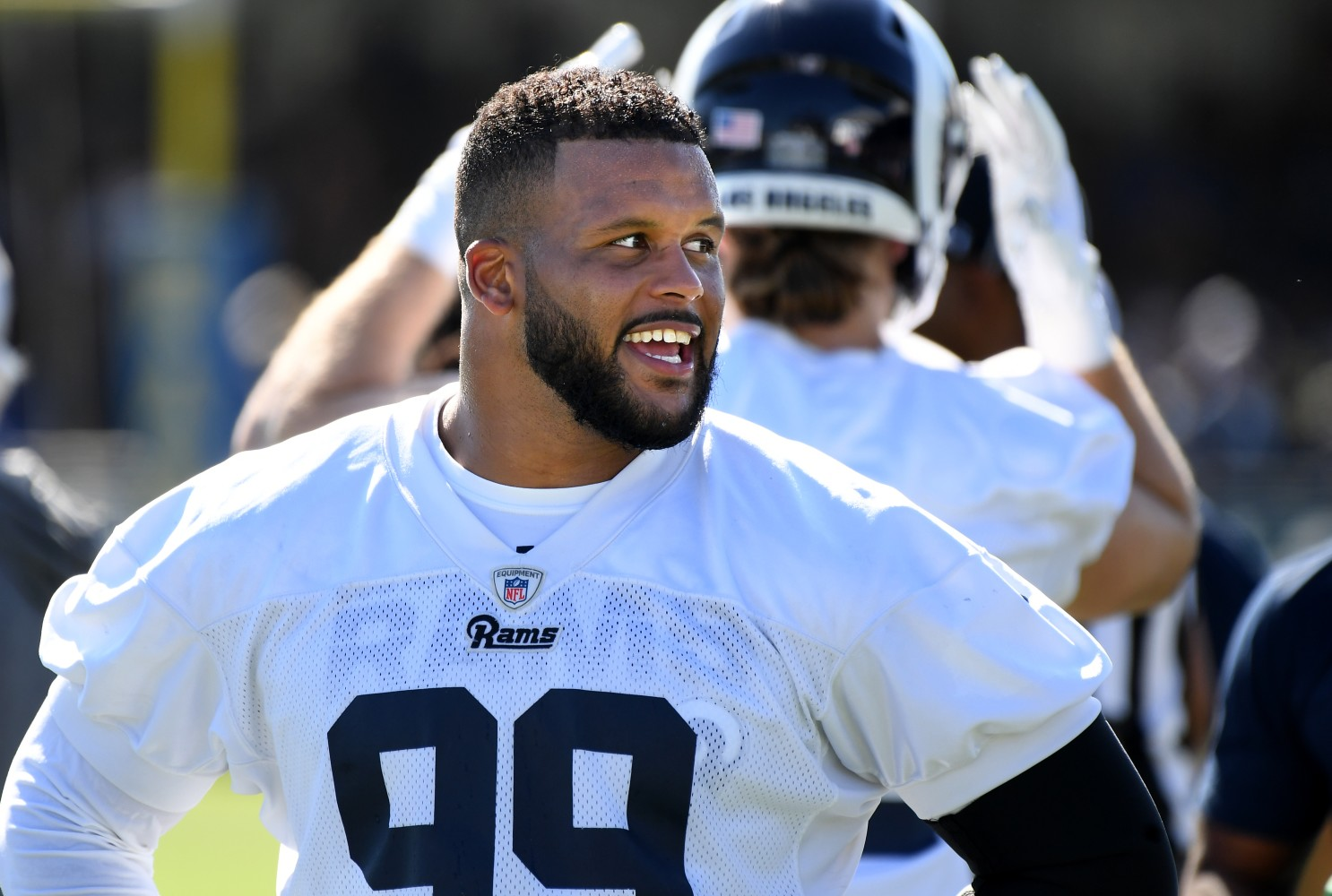 Aaron Donald A Rising Star Of The Rams And Pittsburgh Sportszion