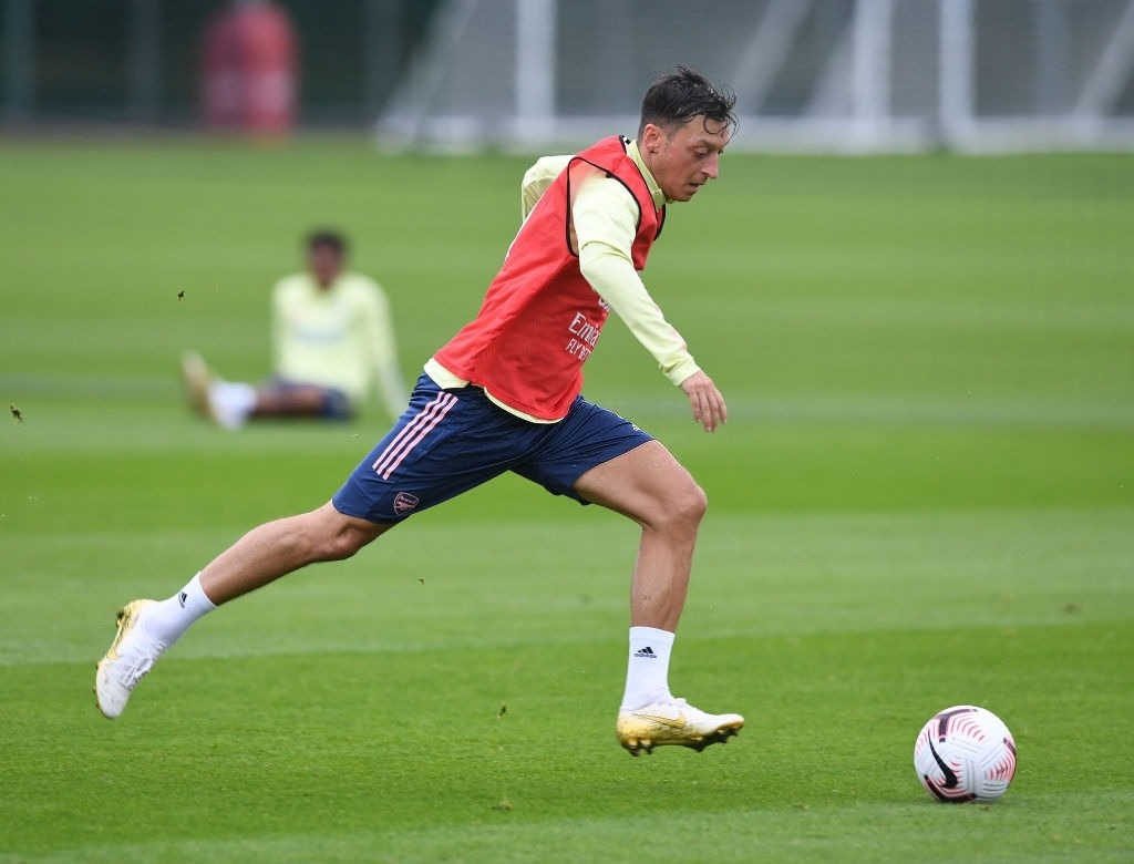 Mesult Ozil saving milions for Arsenal