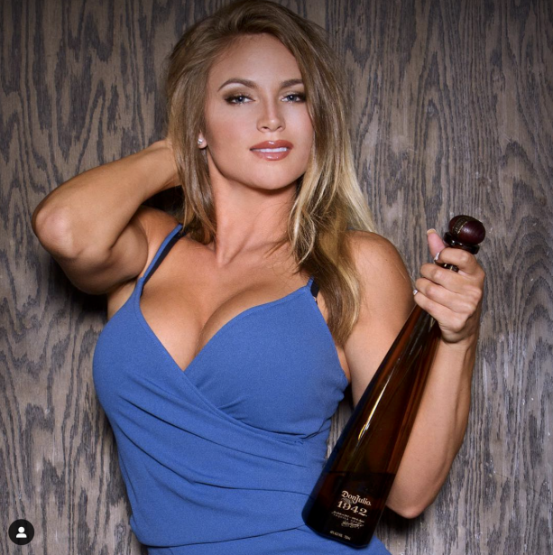 Jimmy Garoppolo girlfriend ShayBaeVIP