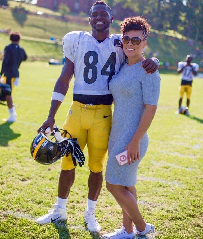 Antonio Brown with his Girlfriend