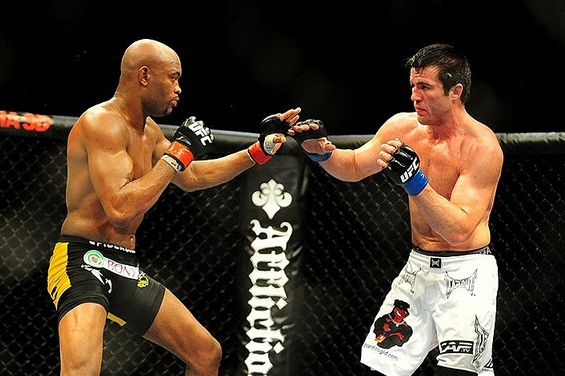 Anderson Silva vs Chael Sonnen