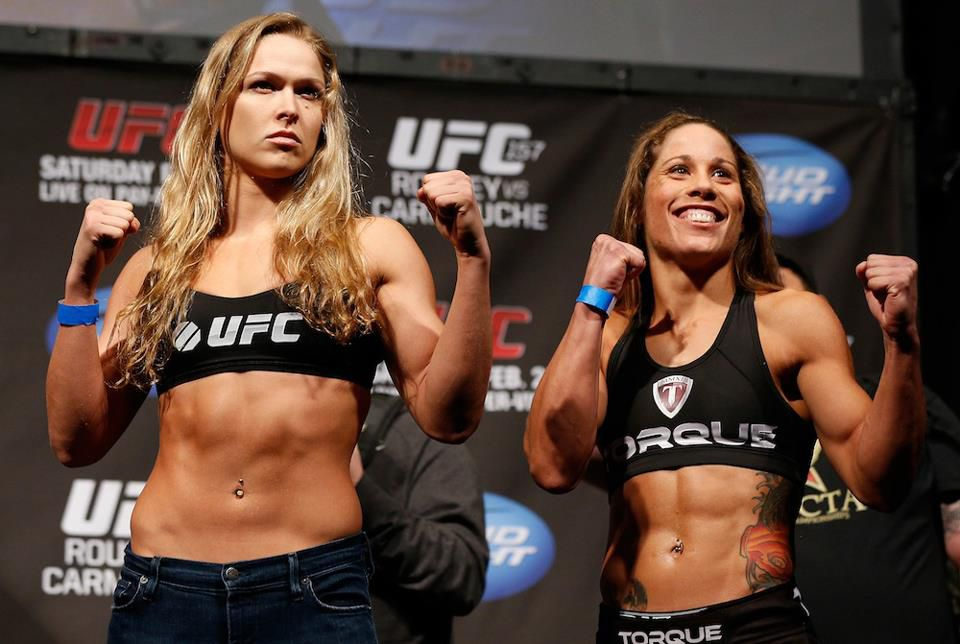 Rousey vs Liz Carmouche