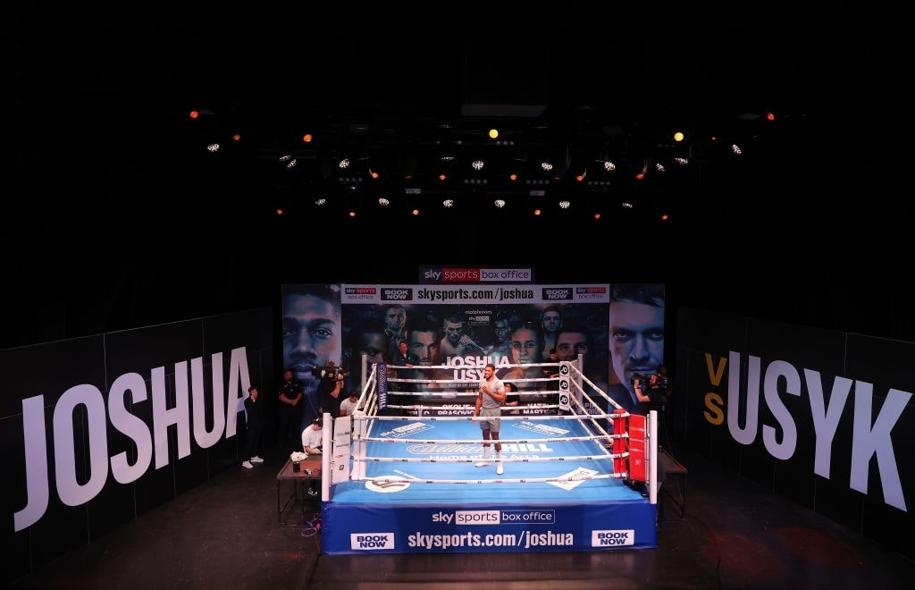 How much did Anthony Joshua make from Usyk fight?