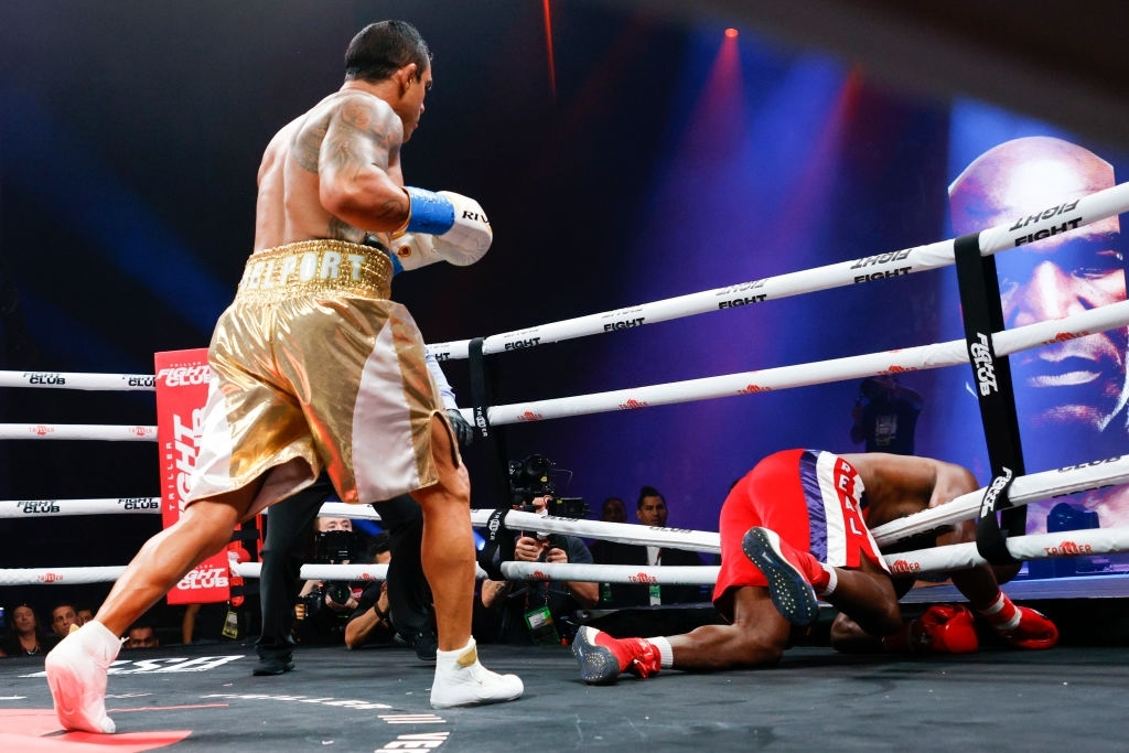 Vitor Belfort knocks down Evander Holyfield during the first round of the fight during Evander Holyfield vs. Vitor Belfort presented by Triller at Seminole Hard Rock Hotel & Casino on September 11, 2021 in Hollywood, Florida. (Photo by Douglas P. DeFelice/Getty Images)
